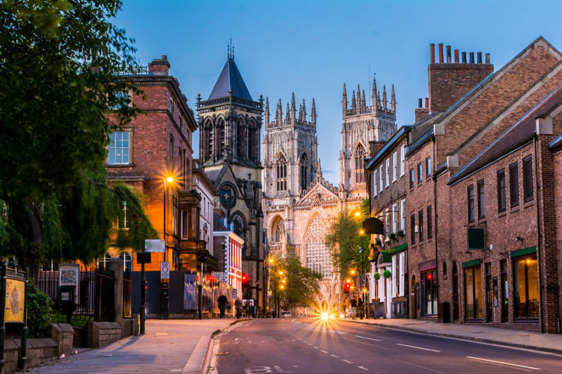 York cities in the evening