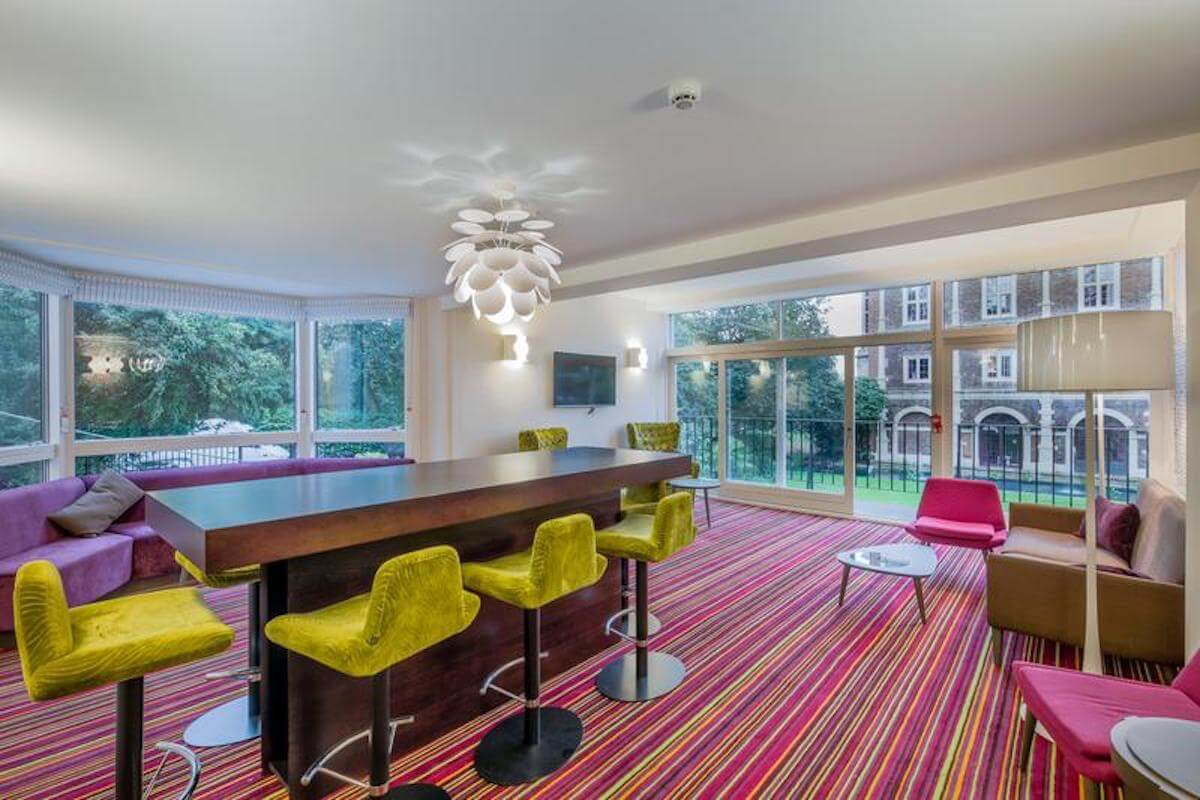 London Holland Park Meeting Room